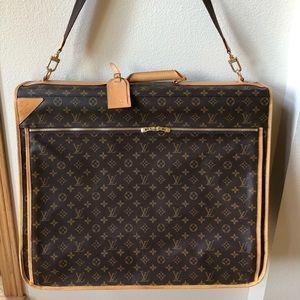 Louis Vuitton Garment Bag Authentic